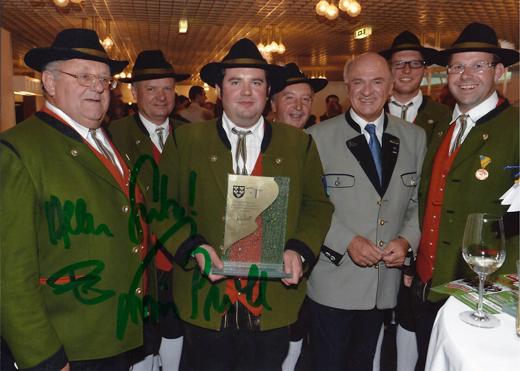 Ehrenpreis MV Hochneukirchen in Krems 2012 mit LH Pröll